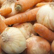 Hutspot-wortels-uien-stapel1